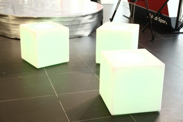 Световые кубы сиденья