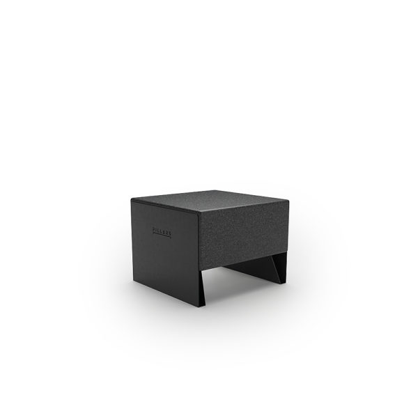 Черная одноместная скамейка 600 мм