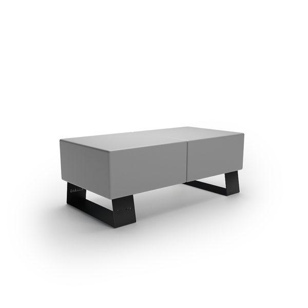 Серая скамейка для парка из пластика