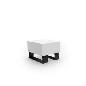 Белая скамейка для парка из пластика
