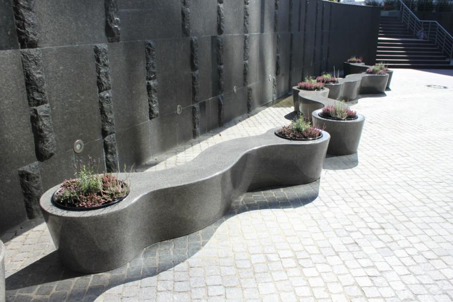 Скамья из архитектурного бетона