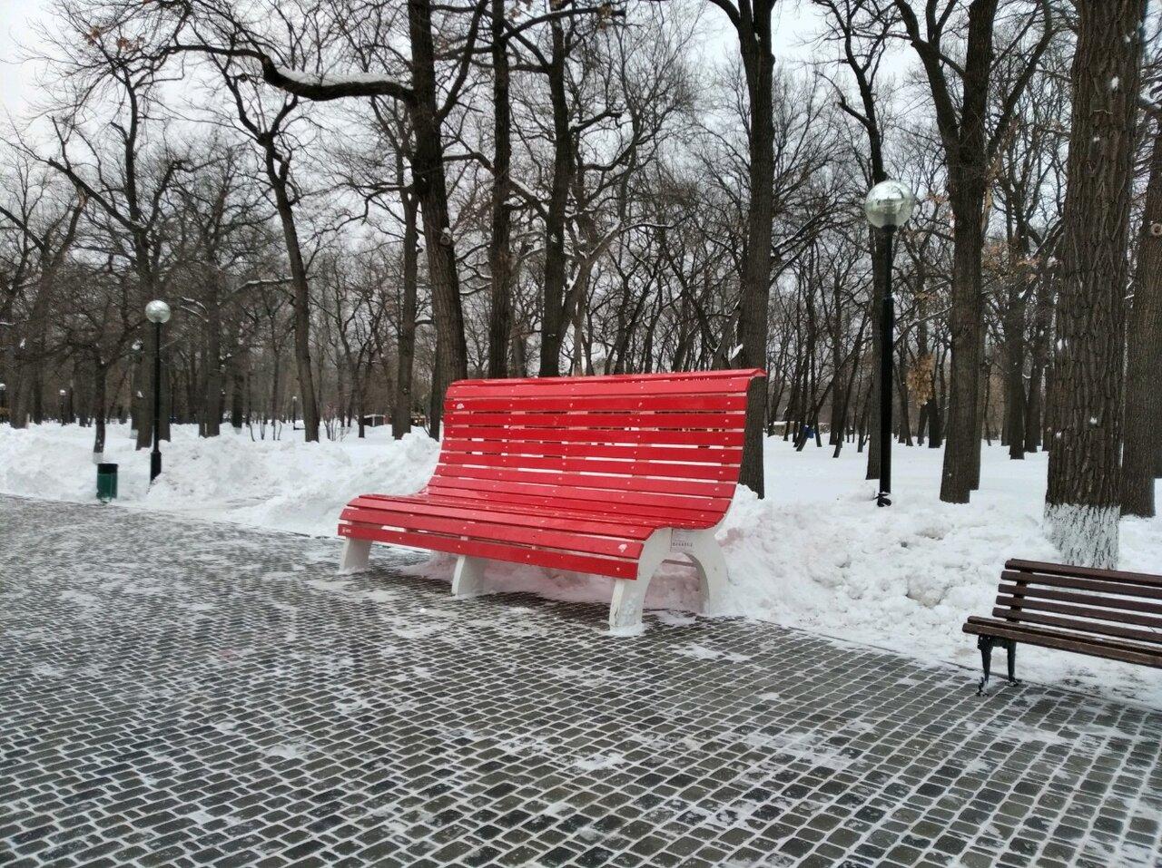гигантская скамейка